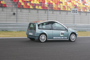 2 liter fuel cell vehicle